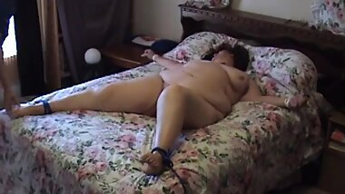 BBW Tied to Bed and Tickled Making Her Squirm