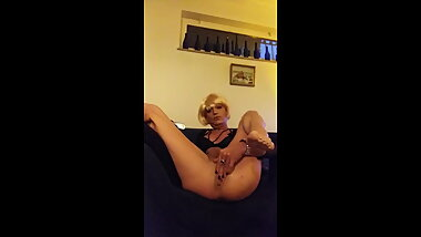 Tina - the ideal CD femboy for sensual manly stallions.Look!
