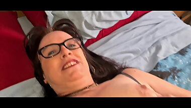 My Granny Sucking Me And Thinking About Her Boss's Big Dick