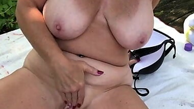 Mature BBW Masturbate and BJ