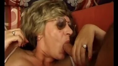 Grannies cumming