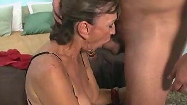 Horny GIlF Gets a Hard Anal Pounding From a Young Guy